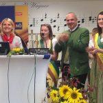 Birgit Perl, Mostprinzessin Carina, OMG-Obmann Karl Posch und Edelbrandprinzessin Heidi
